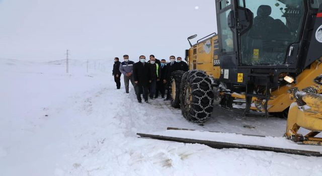 Kars İl Özel İdaresi karla mücadele ekipleri