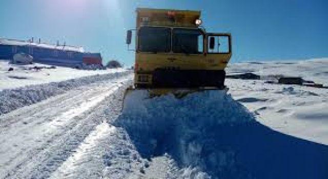 Kars'ta 12 köy yolu ulaşıma kapandı