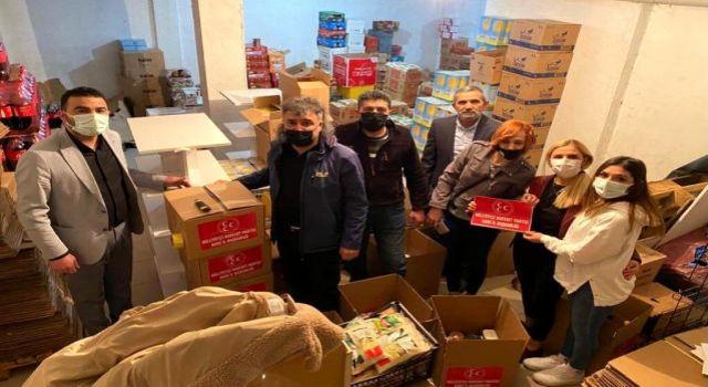 Kars'ta MHP'den 600 aileye Ramazan kolisi verildi