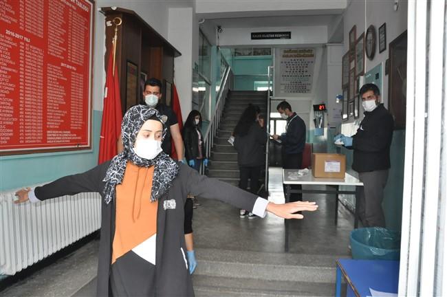 Kars'ta YKS Sınavı
