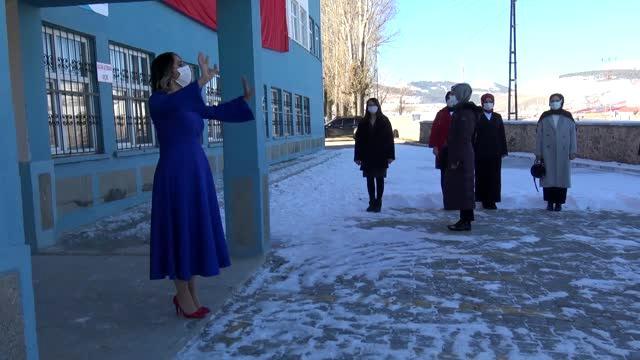 Göreve yeni başlayan öğretmenler için yemin töreni düzenlendi