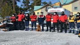 Kars'ın Sarıkamış ilçesindeki Kayak Merkez kar motorlu kahramanı: JAK