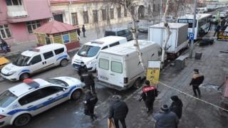Kars'ta Şüpheli valiz polisi alarma geçirdi | Kars Haber